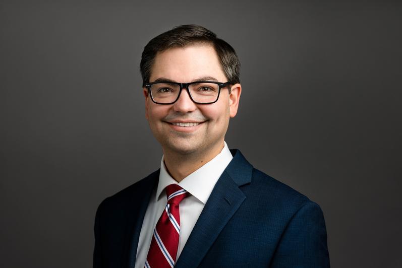 Adam Kern - Relationship Associate